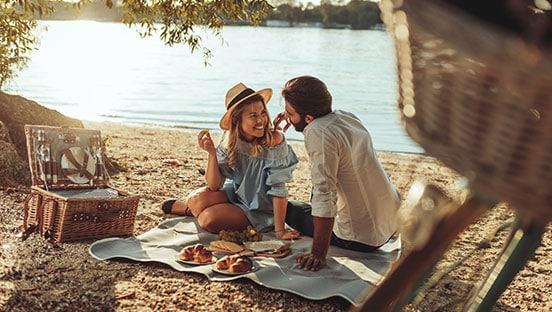 Picknick im Grünen – so lässt es sich unter freiem Himmel geniessen
