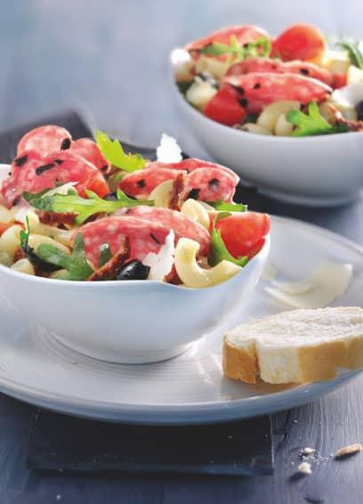 Nudelsalat mit Aoste Oliven Ringsalami
