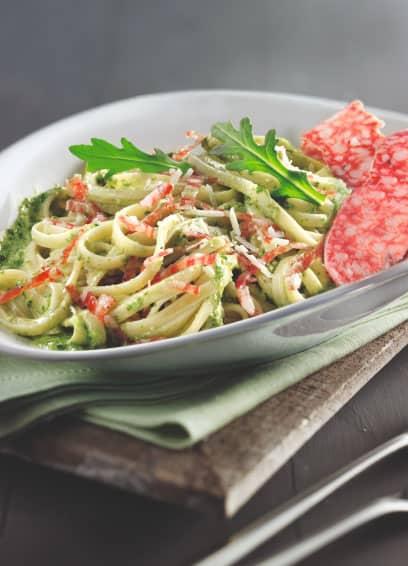 Linguine mit Rucola-Parmesan-Pesto